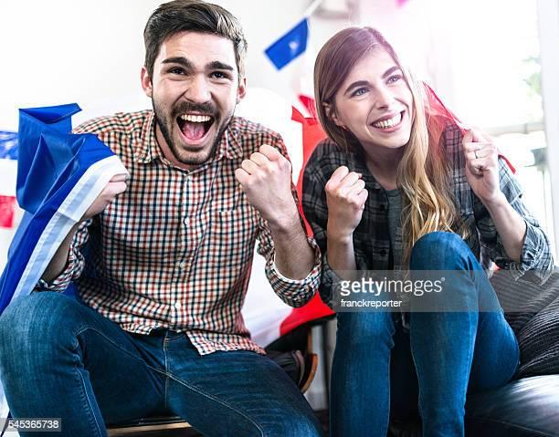 la francia gli amici sostenitori a casa - cultura francese foto e immagini stock