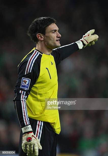 France goalkeeper Hugo Lloris in action during the FIFA 2010 World Cup Qualifier play off first leg between Republic of Ireland and France at Croke...