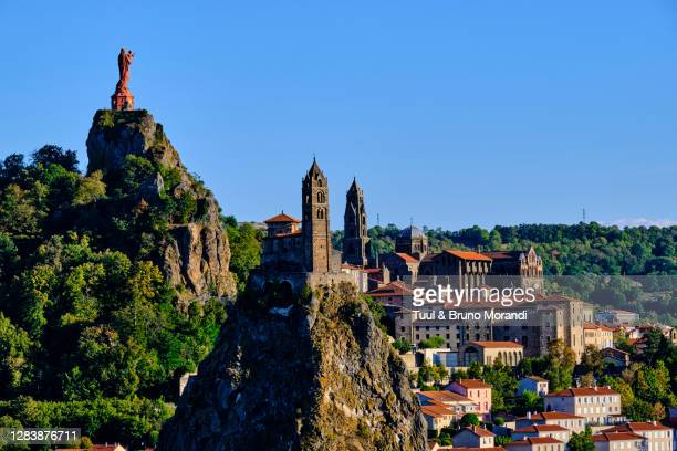france, haute-loire, le puy-en-velay - auvergne rhône alpes stock pictures, royalty-free photos & images