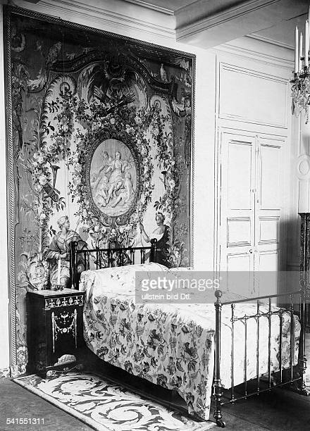 France Ile de France castle of Rambouillet the bedroom by French President Emile Loubet Published by 'Berliner Illustrirte Zeitung' 38/1900Vintage...