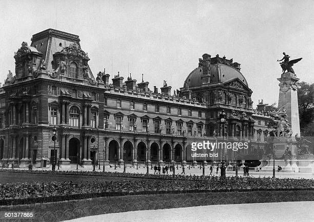 Place du Carrousel showing the Louvre On the right showing a monument of Leon Gambetta undated probably around 1910 Photographer Haeckel