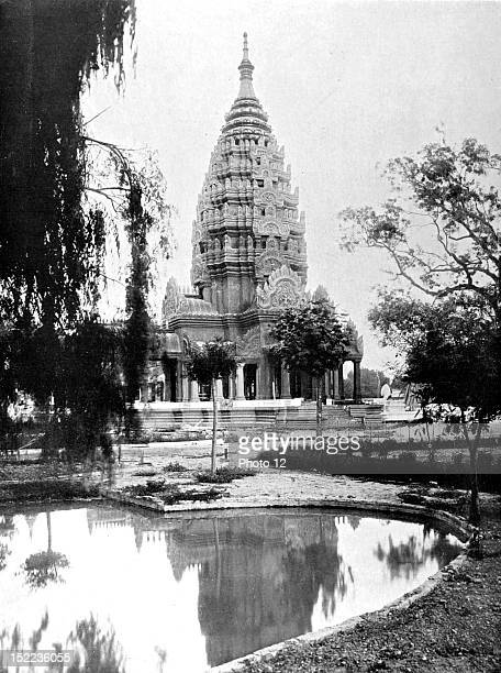France In Marseilles preparations for the 1922 Colonial Exhibition The replica of one of the towers of the Cambodian palace of Angkor Wat built on...