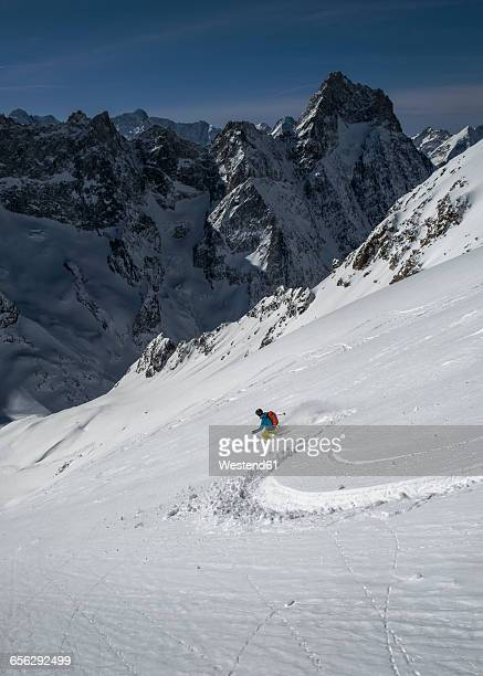 france, isere, les deux alps, vallon du selle, off-piste skiing - isere stock pictures, royalty-free photos & images