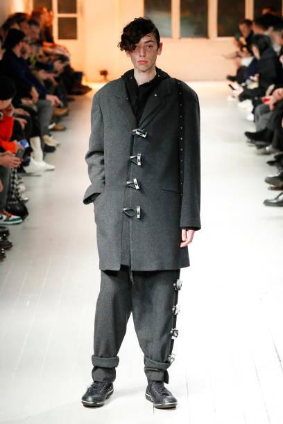 FRA: Yohji Yamamoto : Runway - Paris Fashion Week - Menswear F/W 2020-2021