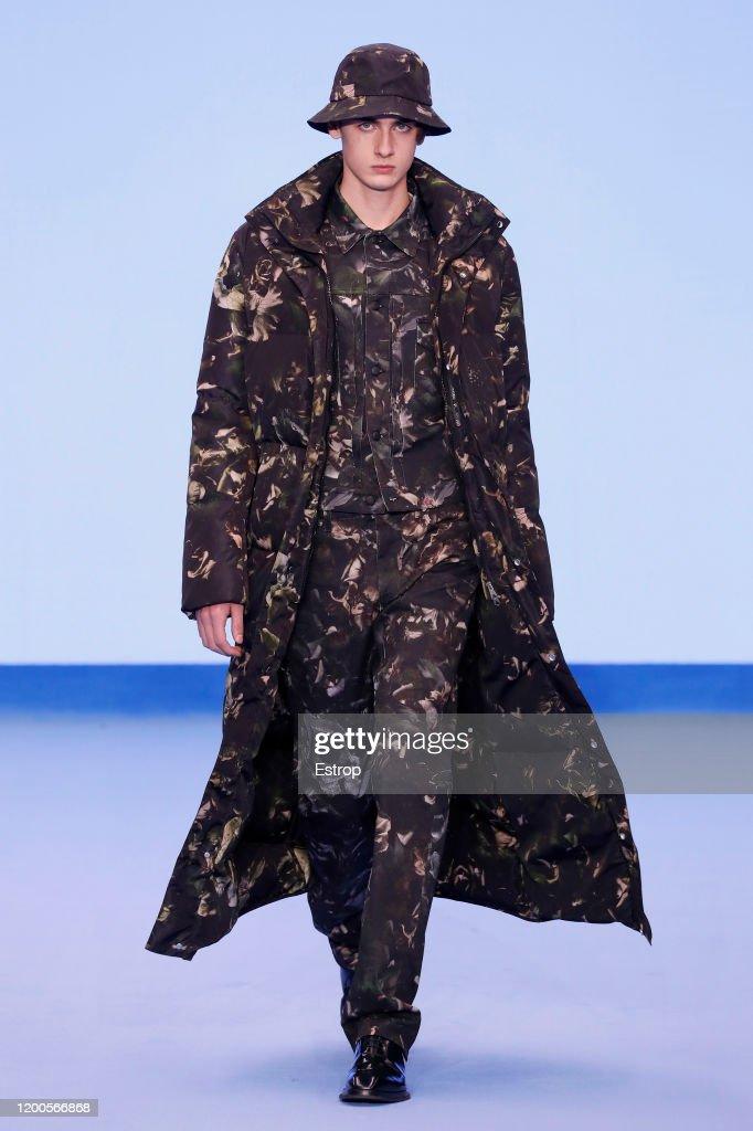 Paul Smith : Runway - Paris Fashion Week - Menswear F/W 2020-2021 : News Photo