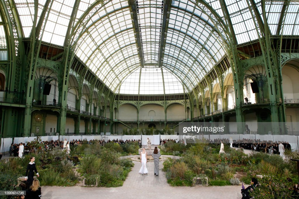 Chanel : Runway - Paris Fashion Week - Haute Couture Spring/Summer 2020 : ニュース写真