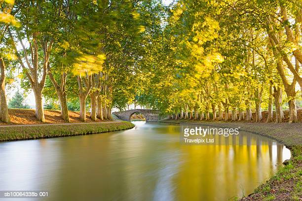 france, languedoc-roussillon, carcassonne, canal du midi - carcassonne stock pictures, royalty-free photos & images