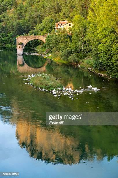 France, Longuedoc-Roussillon, Gorges du Tarn, Pont de Le Rozier
