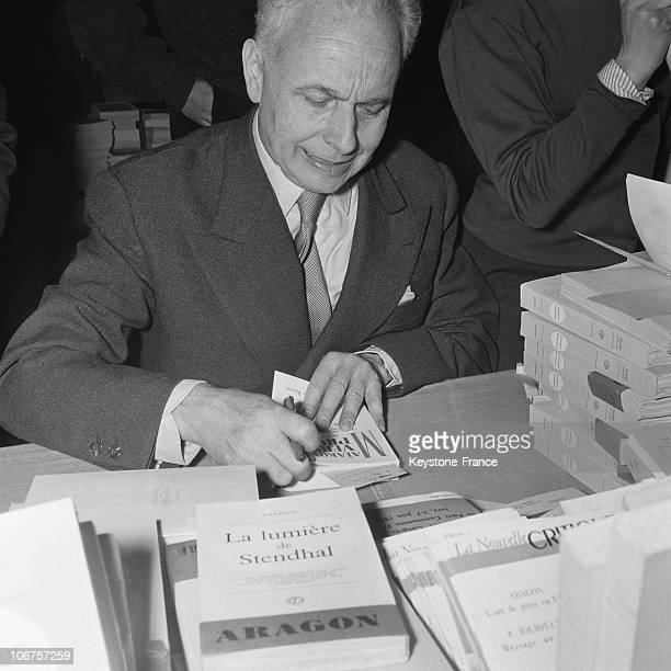 France Louis Aragon Dedicating His Book At The Marxist Book Day In 1956