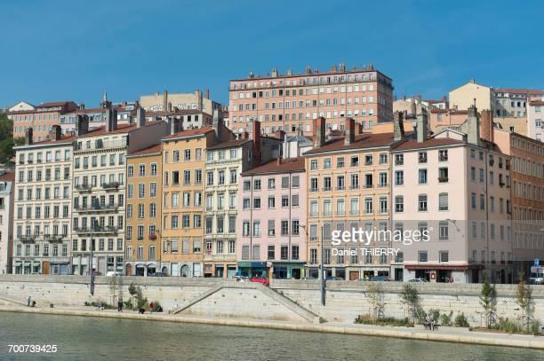 france. lyon. the saone and the facades of the quay saint vincent - riachuelo fotografías e imágenes de stock