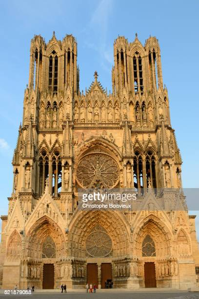france, marne, reims, world heritage site, notre dame cathedral - reims cathedral stock pictures, royalty-free photos & images
