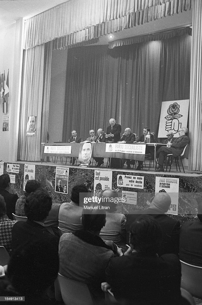 General Elections Of 1973 Gaston Defferre Campaign In Marseille : News Photo
