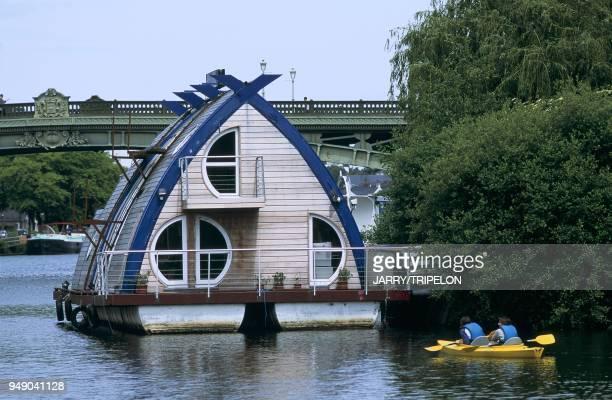 France Nantes l'Erdre le house boat pont G de la motte rouge France Nantes l'Erdre le house boat pont G de la motte rouge