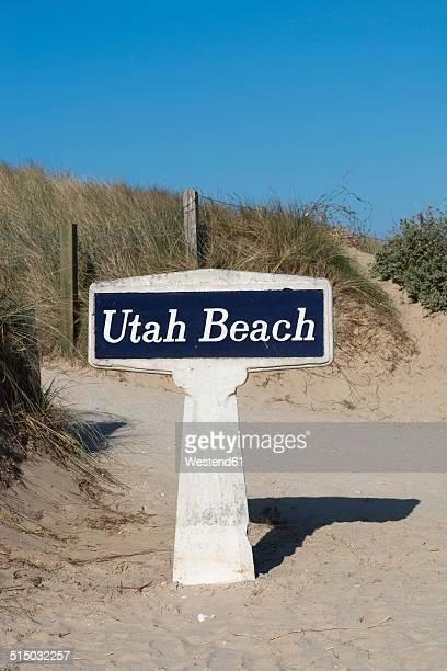 France, Normandie, Manche, Sainte Marie du Mont, Utah Beach, sign on path