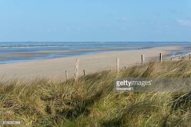 france, normandie, manche, sainte marie du mont, view to utah beach - utah beach stock photos and pictures