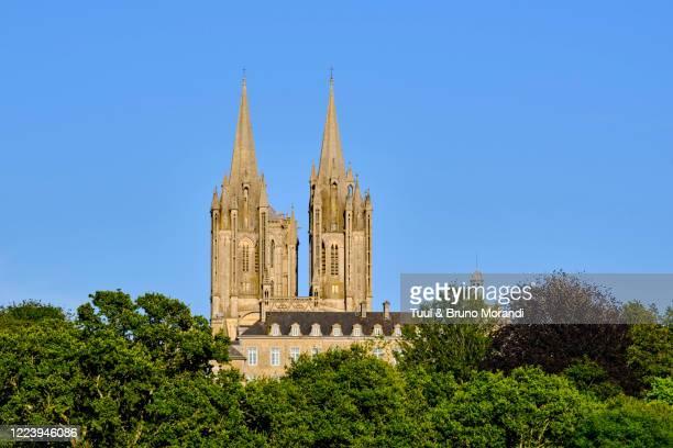 france, normandy, manche department, coutances, notre-dame of coutances cathedral - canale della manica foto e immagini stock