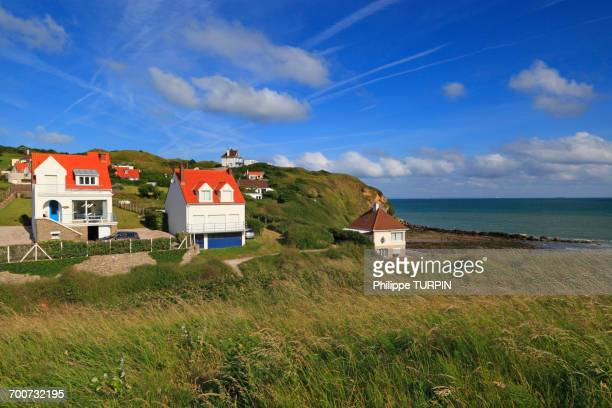 france, north coast. cap gris-nez, audinghen, seaside houses - hauts de france stock photos and pictures
