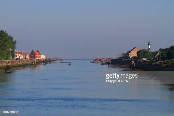 france, northern france, gravelines. petit-fort philippe. aa river. - オードフランス地域圏 ストックフォトと画像