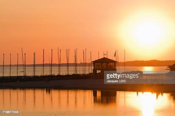 france, north-western france, la bernerie-en-retz, sunset on the artificial water damming - loire atlantique photos et images de collection