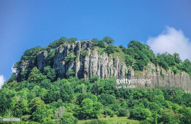 france, nouvelle aquitaine, correze, dordogne valley, bort basalt columns - correze stock pictures, royalty-free photos & images