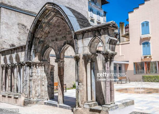 france, occitanie region, hautes-pyrenees, spa town of bagneres-de-bigorre, roman cloister (monument historique, french designation given to some national heritage sites) - historique stock pictures, royalty-free photos & images