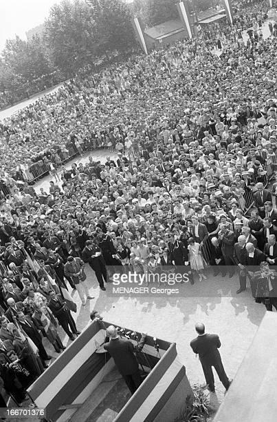 France Official Travel To Britain Of President Charles De Gaulle In 1960 France Bretagne juin 1960 le président de la république Charles DE GAULLE en...