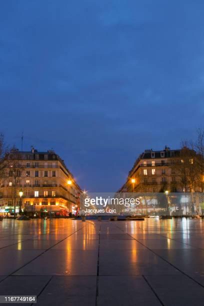 france, paris, 11th arrondissement, place de la republique, by night in winter - place de la republique paris stock pictures, royalty-free photos & images