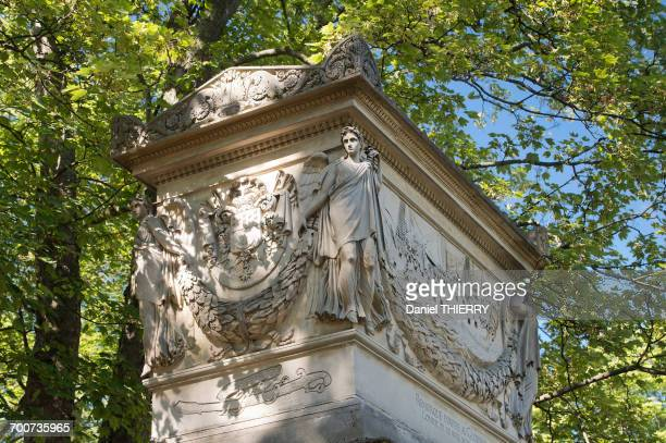 france, paris 20th district. pere lachaise cemetery. grave of the vice-admiral of empire denis decres (1761-1820). - vice admiral stock photos and pictures