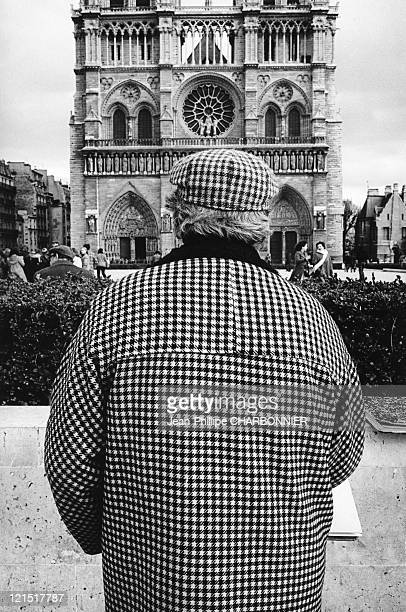 France Paris A Hounds Tooth Cloth In Front Of Notre Dame In 1979