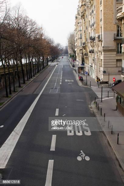 France, Paris, Avenue du President Kennedy, on sunday morning.