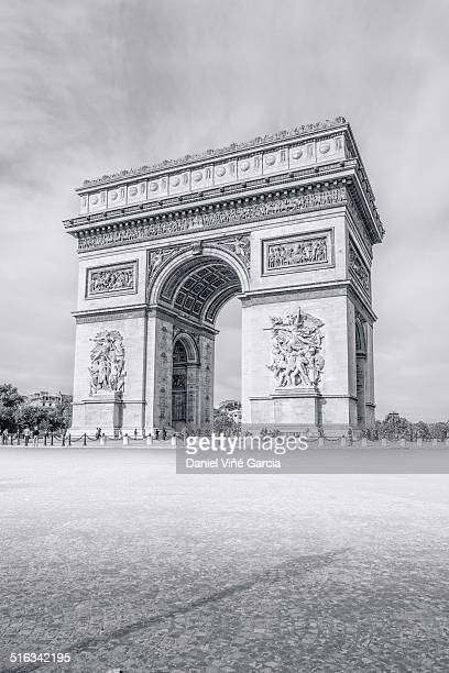 france , paris city, arch du triumph - place charles de gaulle paris stock photos and pictures