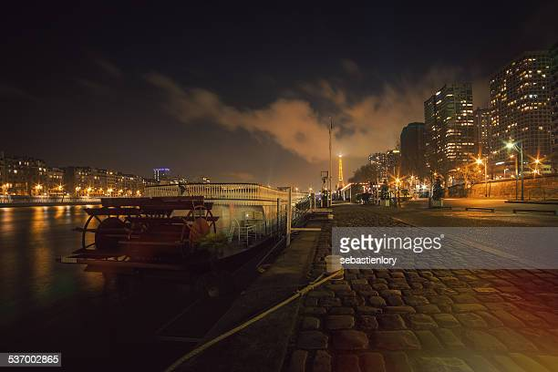 France, Paris, Empty embankment at night