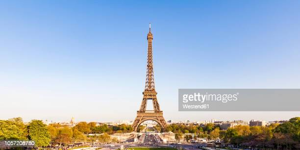 france, paris, panoramic view, place de varsovie and eiffel tower - eiffel tower paris stock pictures, royalty-free photos & images