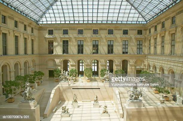 france, paris, sculpture garden at louvre museum - musee du louvre stock pictures, royalty-free photos & images