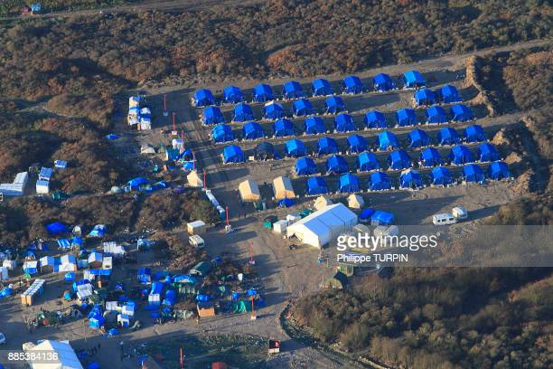 france, pas de calais, calais. aerial view of the jungle. migrants camp.. - refugee camp stock pictures, royalty-free photos & images