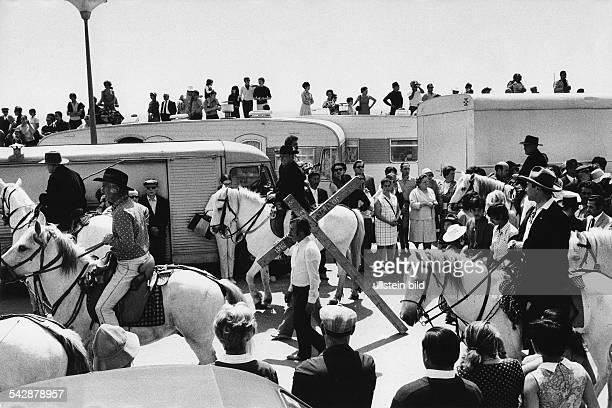 pilgrimage of gypsies in St Marie de la Mer May 1962