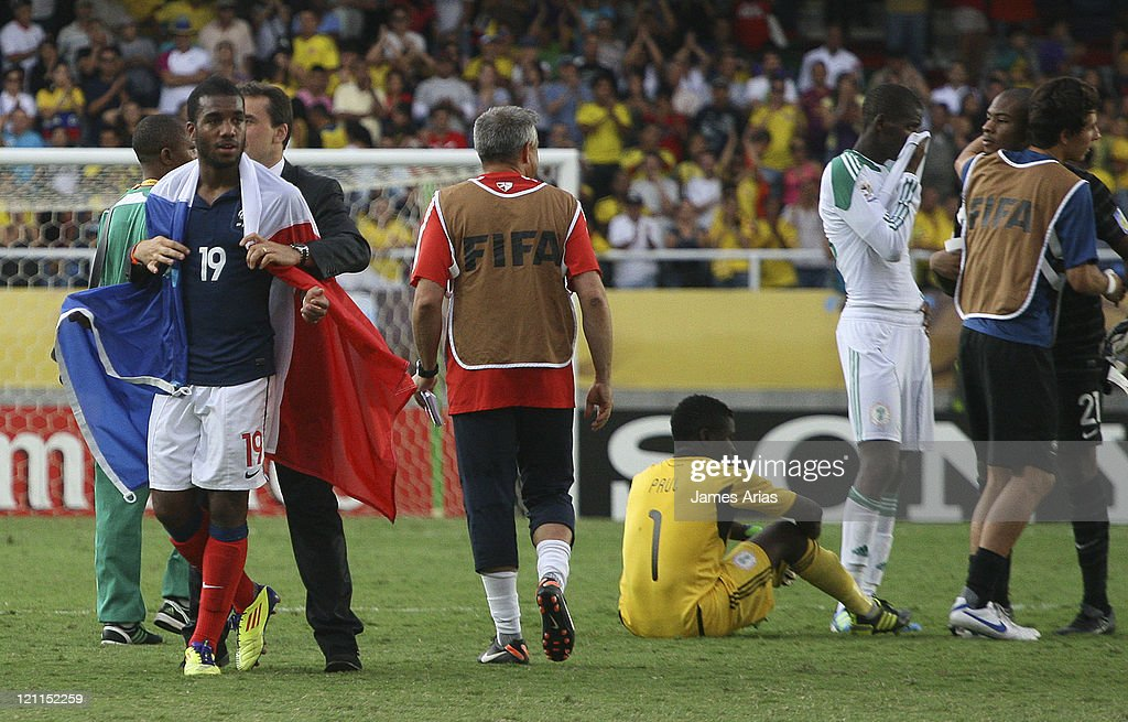 France players celebrate their victory against Nigeria during a match by quarterfinals of the FIFA U-20 World Cup 2011 at Pascual Guerrero Stadium on August 14, 2011 in Cali, Colombia.