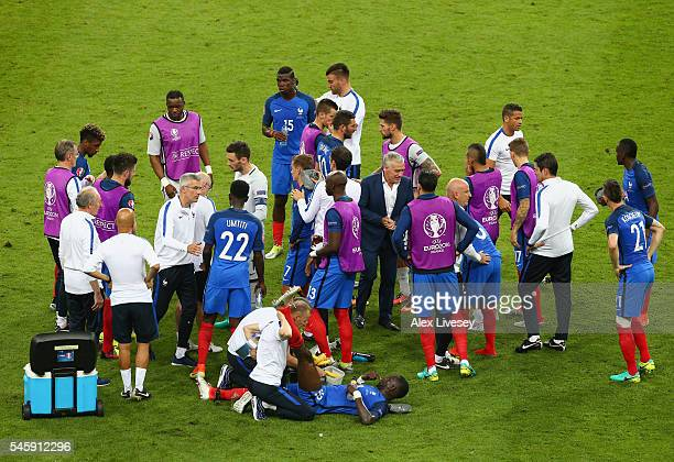 France players rest before the extra time during the UEFA EURO 2016 Final match between Portugal and France at Stade de France on July 10 2016 in...