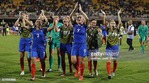France players thank the fans after their win against Germany during the FIFA U20 Women's World Cup Papua New Guinea 2016 Quarter Final match between...