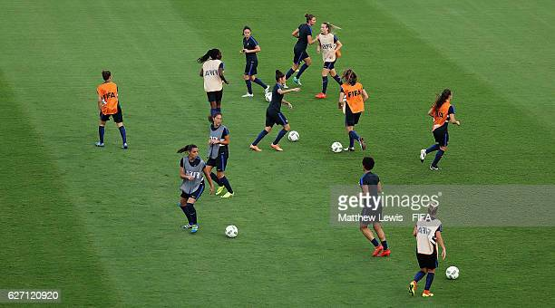 France players train ahead of the final of the FIFA U20 Women's World Cup Papua New Guinea 2016 at the National Football Stadium on December 2 2016...