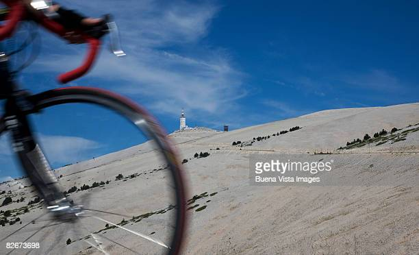 france. provence. mont ventoux. - モンヴァントゥー ストックフォトと画像