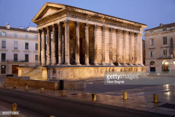 france, provence, nîmes, maison carrée, roman temple - nimes stock pictures, royalty-free photos & images