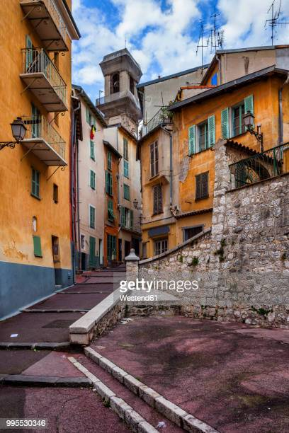 France, Provence-Alpes-Cote d'Azur, Nice, Old town, alley and houses