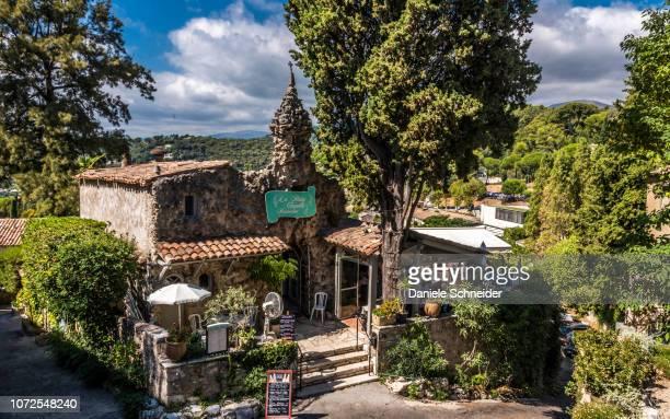 """France, Provence-Alpes-Cote-d'Azur, Alpes-Maritimes, Saint-Paul-de-Vence, """"La Petite Chapelle"""" restaurant (Plus Beaux Villages de France, list of villages designated as les plus beaux (the most beautiful) in France)"""