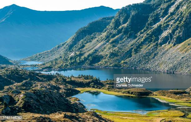 france, pyrenees ariegeoises regional nature park, bassies lakes, gr 10 - アリエージュ ストックフォトと画像