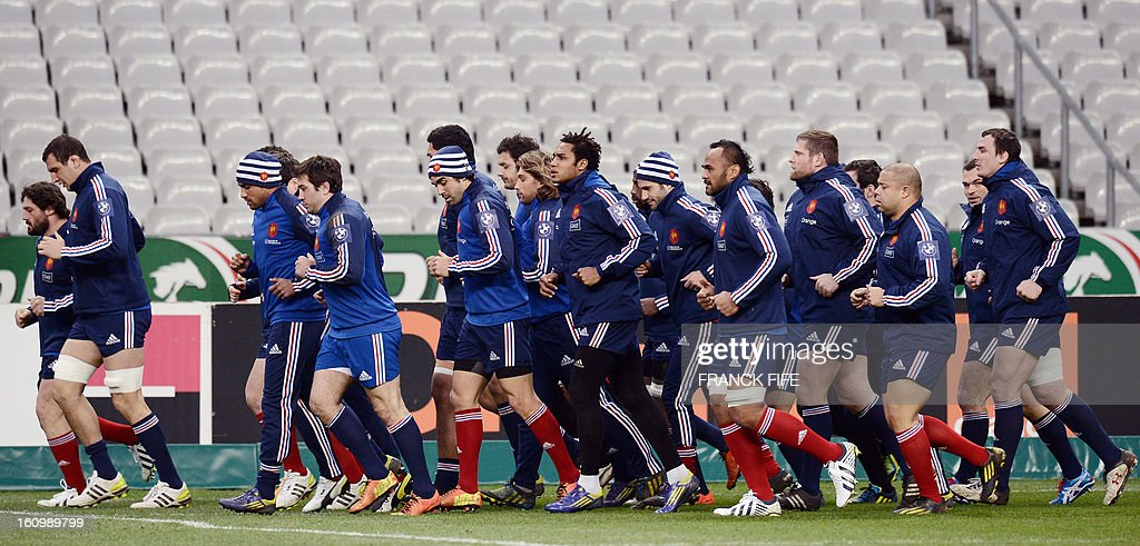 France rugby union national team's players run during a training session, on February 8, 2013 at the Stade de France in Saint-Denis, north of Paris, on the eve of the rugby union 6 Nations tournament match against Wales.