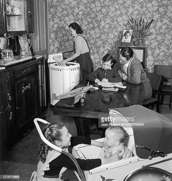France Scene Of The Family Life Of A Salaried Employee