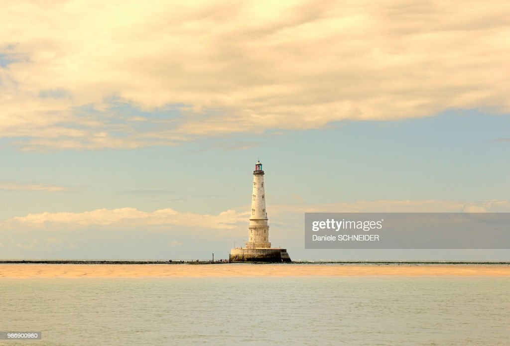 France, South-Western France, Gironde Estuary, Cordouan lighthouse at low tide : Stock Photo