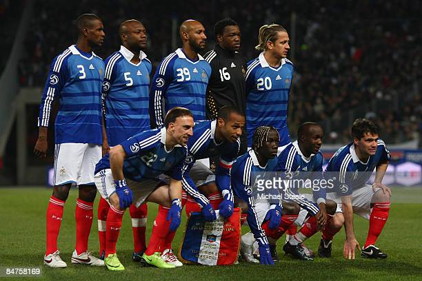 France team line up during the International Friendly match between France and Argentina at the Stade Velodrome on February 11 2009 in Marseille...