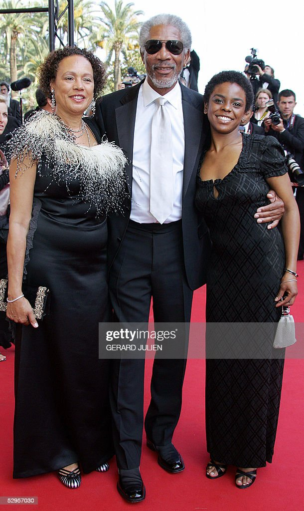 US actor Morgan Freeman (C), his wife My : News Photo